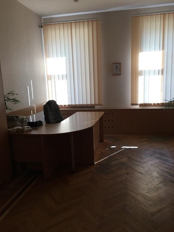 Нежитлове приміщення в м. Київ, площею 144,7 кв. м